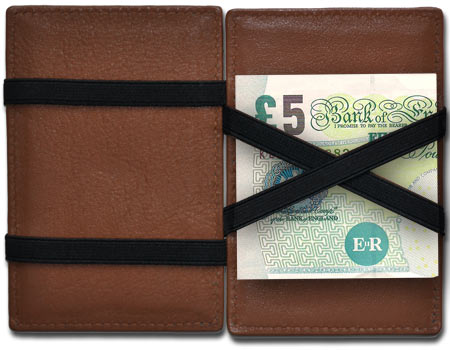 Our Magic Wallets support the 5 pound note